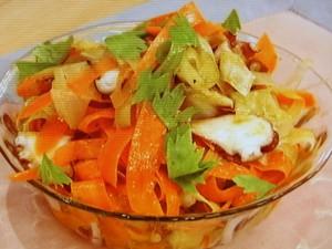 カロテンいっぱいリボンサラダ