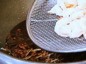えびとパプリカの花椒(ホワジャオ)炒め