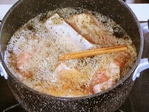 スペアリブのサイダー煮