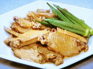 鶏手羽先のやわらか煮