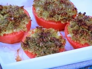トマトのバジルパン粉焼き