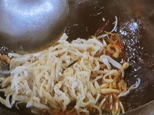 切り干し大根と豚肉の冷やし中華