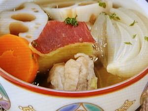 秋野菜と鶏肉のおかずスープ