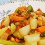 春野菜とベーコンの蒸し煮
