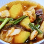 夏野菜のキムチスープ